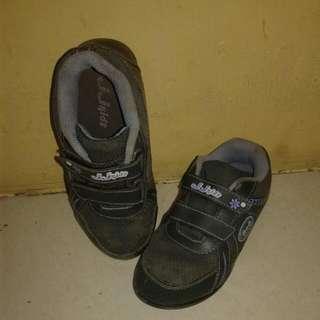 Sepatu anak JJKids