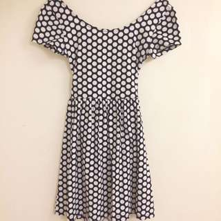 black and white polkadot dress