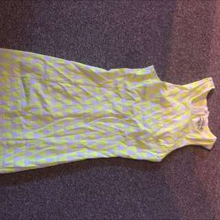 Yellow/white Sleeveless Dress