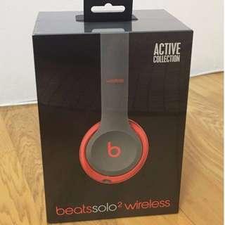 全新 Beats Solo 2 Wireless 紅黑