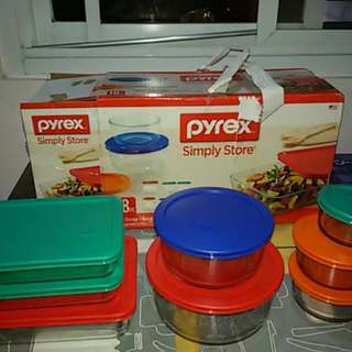 Brand New 16 Pcs Pyrex..microwavable..