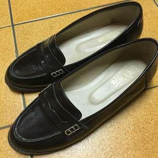 韓國帶回-復古漆皮紳士鞋