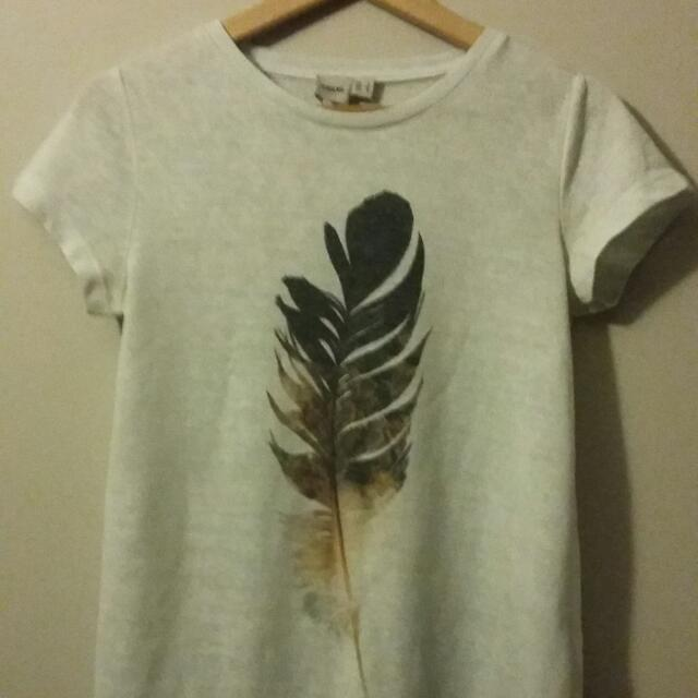 Asos T-shirt Tee Top Boho Style With Feather Size 8