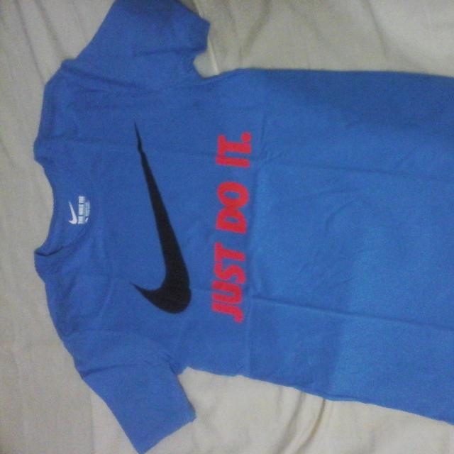 Authentic NIKE Tee (Bought From Australia)