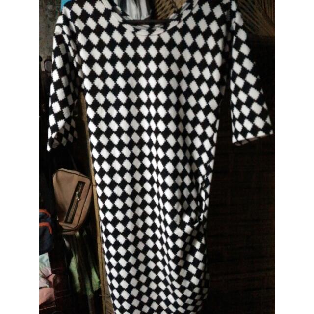 B & W Bodycon Dress