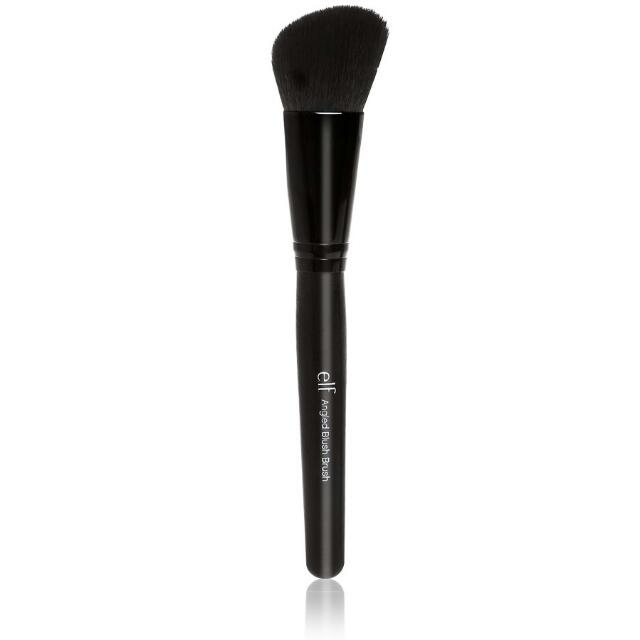 E.L.F STUDIO ANGLED BLUSH BRUSH (NEW!!)
