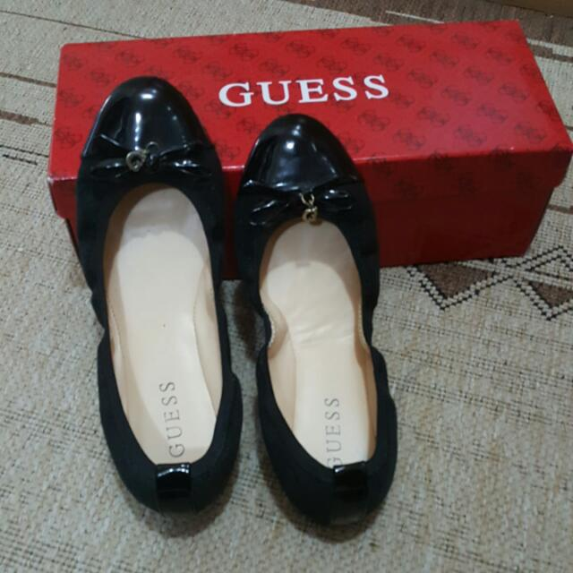 Guess Flat Shoe Size 6