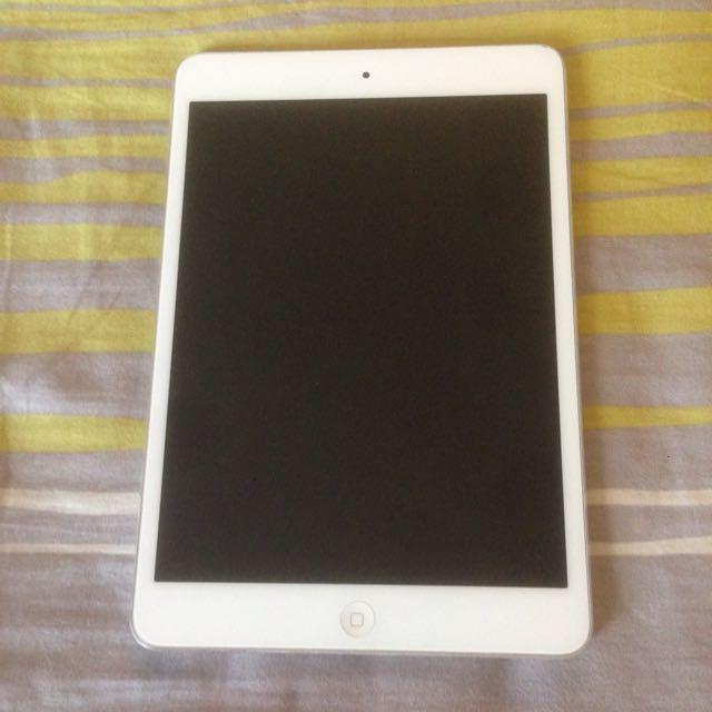 iPad Mini  Wi-Fi Cellular 16GB