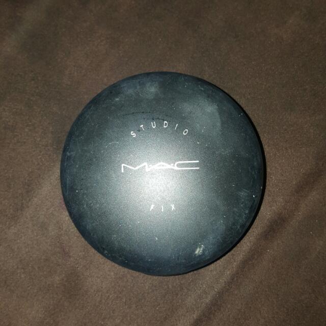 M.A.C Powder
