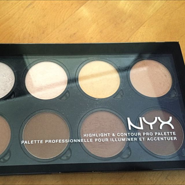 nyx Highlight & Countour Palette