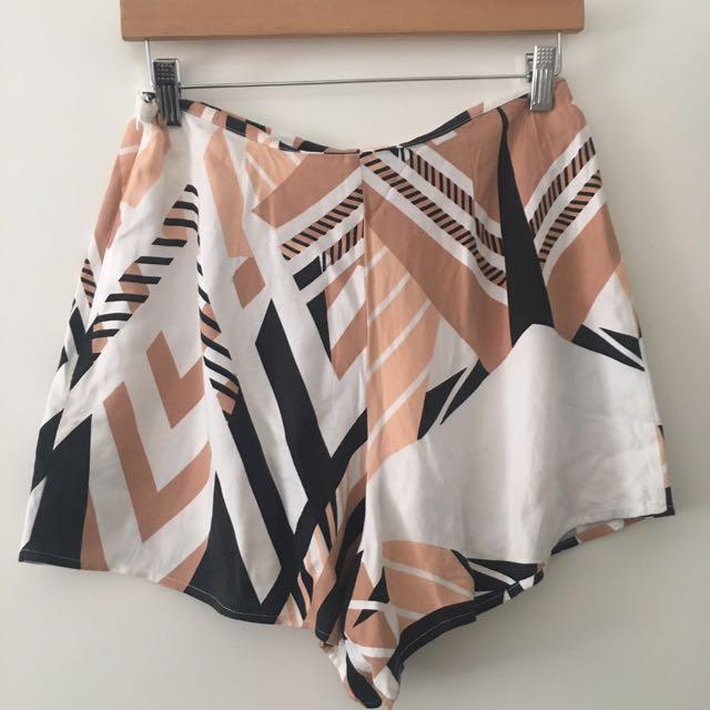 Shona Joy shorts size 10