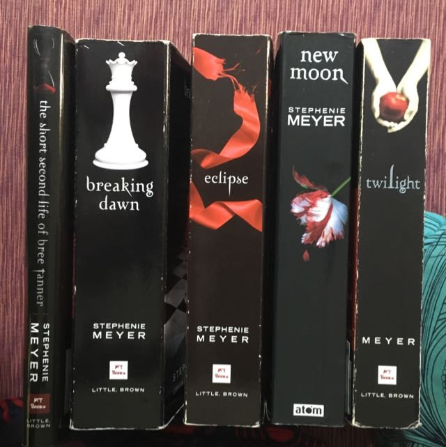 Stephenie Meyer's TWILIGHT SAGA
