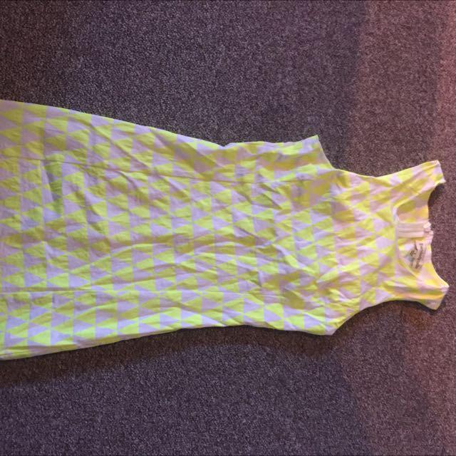 Yellow/white Sleeveless Dress