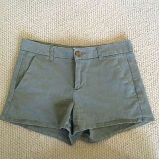 Forever 21 Camo Green Shorts size XS