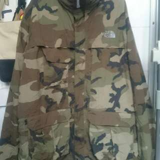 North Face ( Camouflage )