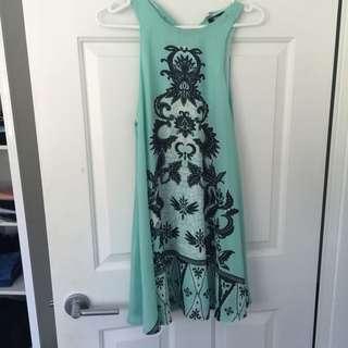 Green Size 10 Dress