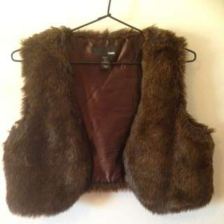 Faux-fur Cropped Vest