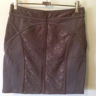 Mauve Mini Skirt With Lace Pattern