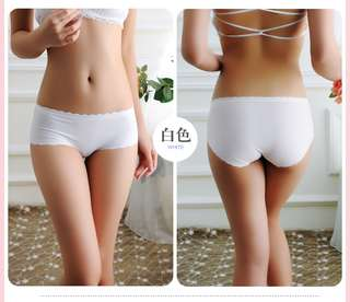 Seamless low waist underwear for ladies (Scallop Type)