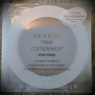 Revlon New Complexion One-Step Foundation