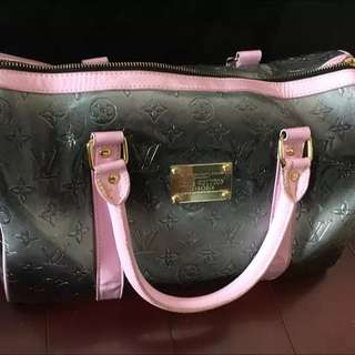LV 小型旅行袋
