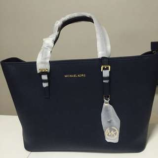 Michael Kors Jet Set Travel Navy