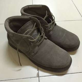 Middle Cut Boot Scholl