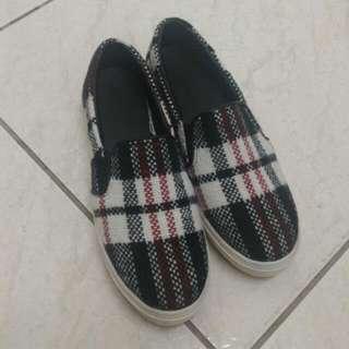 布鞋23.5號 秋冬款#六月免購物直接送