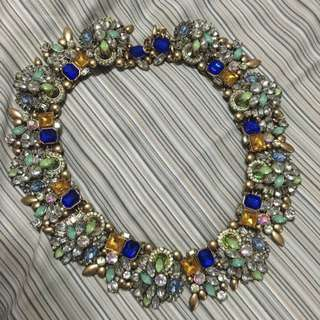 Statement Necklace In Good Condition