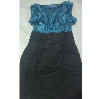 ARITHALIA Dress Size M