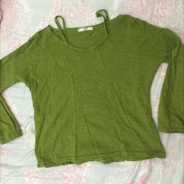 綠色微性感露肩九分袖