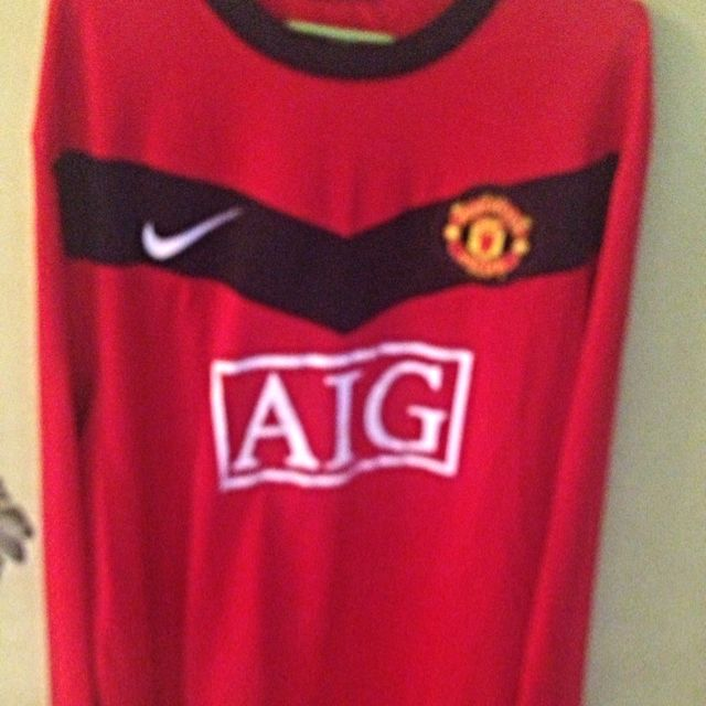 pretty nice c3ffc b8cc7 Authentic Manchester United Long Sleeve Jersey