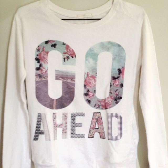 Bershka - Go Ahead Sweater
