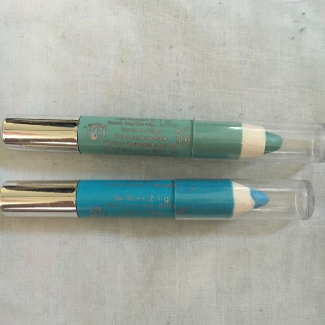 Blue And Green Eye Crayons