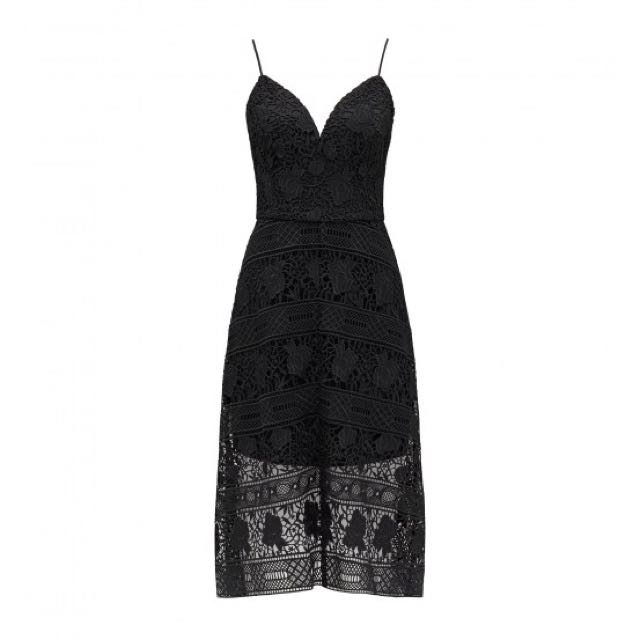 BNWT Size 16 Forever New Veronica Lace Dress