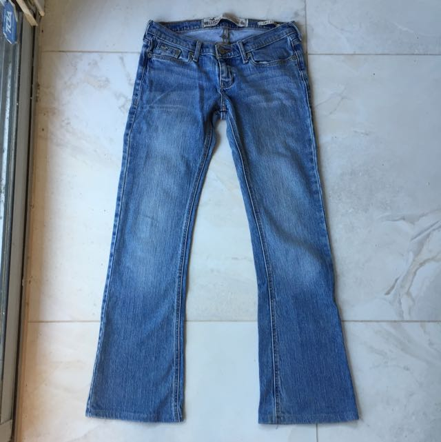 Hollister Size 0 Cali Flare Jeans