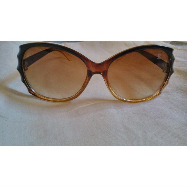 Kacamata Coklat - Brown Sunglasses