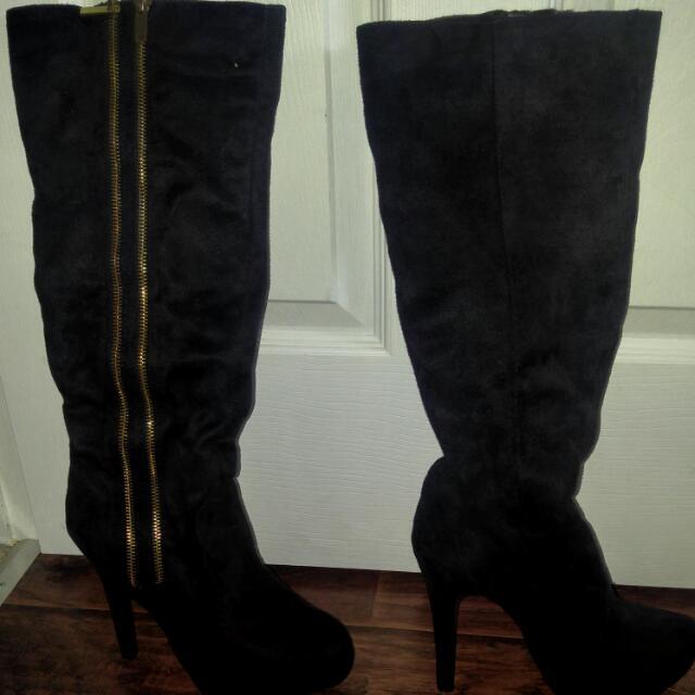 Ladies Size 8 Suede Boot Heels