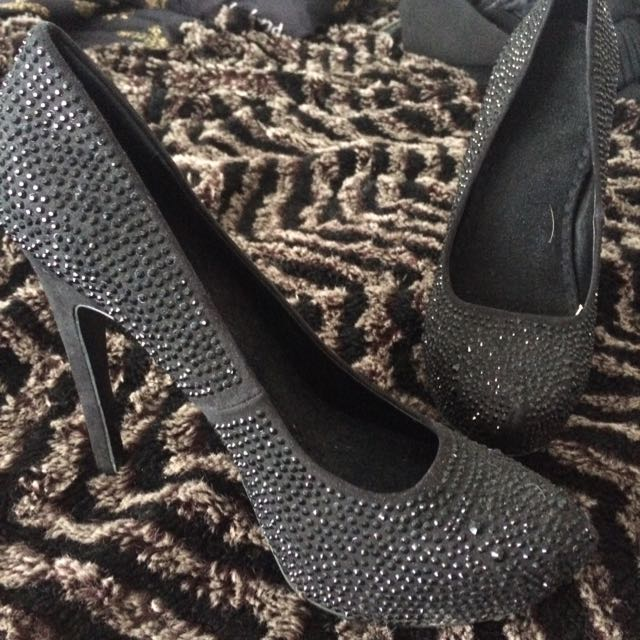 "Le Chateau Heels In Black Rhinestone 6"" High. Size 10"