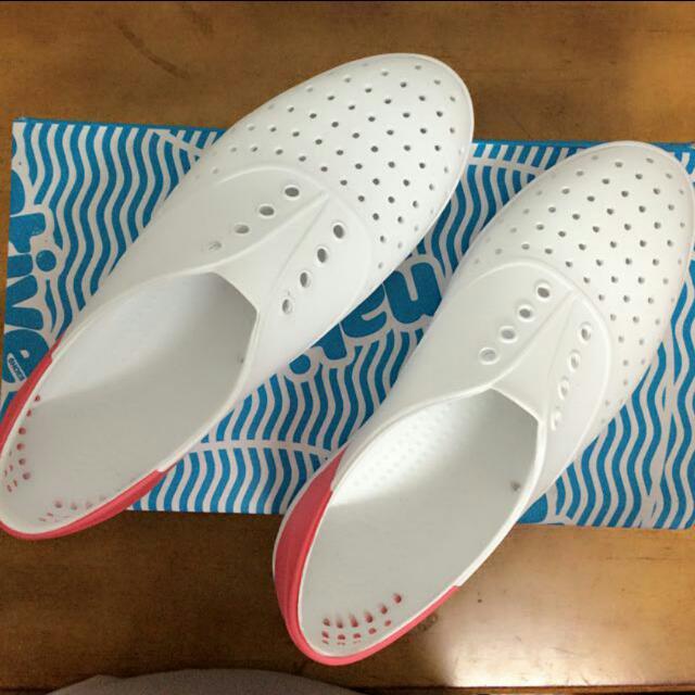 Native 防水懶人鞋✨