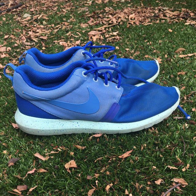 Nike Roshes Run