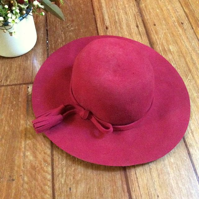 Red Milana Wool Hat