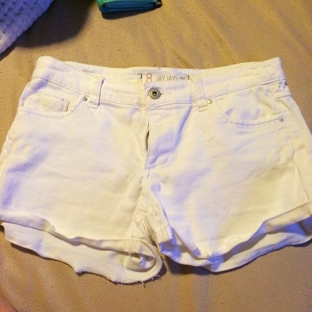 Size 8 White Women's Shorts