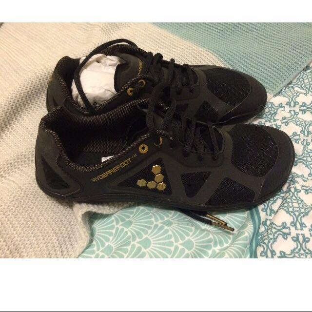Vivobarefoot Size 7.5 Women's Runners