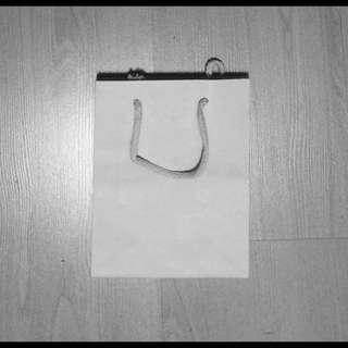 White Paper Bag x 29 pcs
