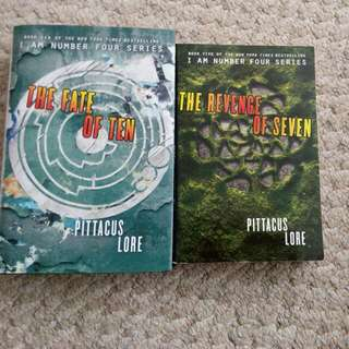 Pittacus Lore I Am Number Four Series