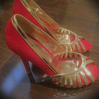 Pumps Size 7