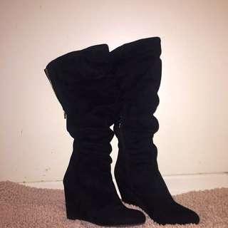 Knee High Suede Aldo Boot