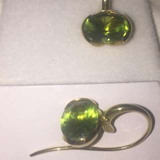 Rox Oval cut Peridot earrings 18ct Yellow Gold