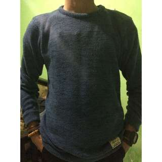 Kevas Frozen Blue Sweater Size M